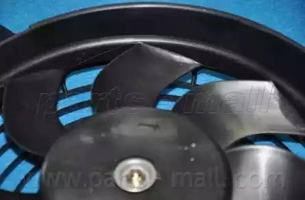 Parts-Mall PXNBC-006 - Вентилятор, конденсатор кондиционера autodif.ru